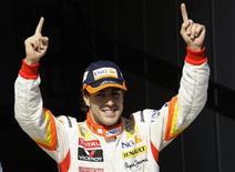 <p>Espanhol Fernando Alonso largará na frente no GP da Hungria. REUTERS/Leonhard Foeger</p>