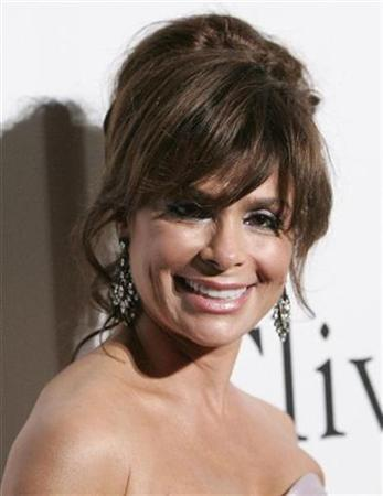 Paula Abdul arrives at the Recording Academy's Clive Davis pre-Grammy party in Beverly Hills, California February 7, 2009. REUTERS/Danny Moloshok