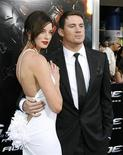 "<p>Los actores Channing Tatum (derecha) y Rachel Nichols posan durante la función de preestreno de la película ""G.I. Joe: The Rise of Cobra"" en el Teatro Chino en Hollywood, California, ago 6 2009. REUTERS/Mario Anzuoni (UNITED STATES)</p>"