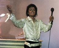<p>Foto de arquivo do cantor Michael Jackson em Toronto. 05/10/1984. REUTERS/Gary Hershorn/Arquivo</p>