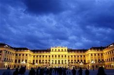 <p>Il castello di Schoenbrunn. REUTERS/Dominic Ebenbichler (AUSTRIA SOCIETY)</p>