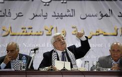 <p>الرئيس الفلسطيني محمود عباس يتحدث أثناء مؤتمر فتح في بيت لحم بالضفة الغربية يوم الرابع من أغسطس اب. تصوير: نايف الهشلمون - رويترز</p>
