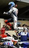 <p>Jorge Lorenzo festeggia dopo la vittoria. REUTERS/Brent Smith</p>