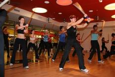 <p>Ilaria Montagnani leads a Forza class at Equinox Fitness Center, New York City, in this 2007 handout photo. REUTERS/Handout</p>