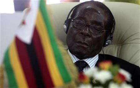 Zimbabwe's President Robert Mugabe attends a special summit on regional conflicts in Tripoli August 31, 2009. REUTERS/Zohra Bensemra