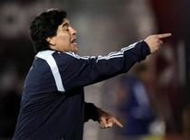 <p>Il ct dell'Argentina Diego Maradona durante la partita di ieri col Paraguay. REUTERS/Marcos Brindicci</p>