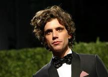<p>Singer Mika poses as he arrives at the 2009 Vanity Fair Oscar Party in West Hollywood, California February 22, 2009. REUTERS/Danny Moloshok</p>