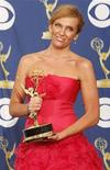 <p>Toni Collette ieri agli Emmy. REUTERS/Lucy Nicholson (UNITED STATES ENTERTAINMENT)</p>