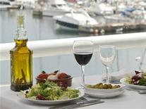 <p>Immagine d'archivio. To match feature MEDITERRANEAN-DIET/SPAIN REUTERS/Albert Gea (SPAIN)</p>