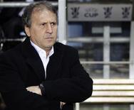 <p>Zico comemorou sua estreia como técnico do Olympiakos com uma vitória de 2 x 1 sobre o AEK Atenas em um jogo eletrizante no Estádio Olímpico nesta quarta-feira. REUTERS/Darren Staples (BRITAIN)</p>