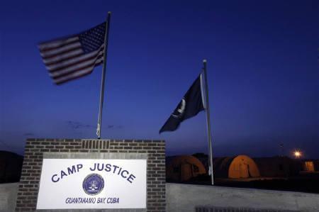 9月26日、米政府筋は、グアンタナモ収容所の国内代替施設の決定は近いとの見通しを明らかにした。写真はキューバのグアンタナモ米軍基地にあるキャンプ・ジャスティス。写真は7月に共同撮影(2009年 ロイター)