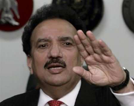 Pakistan's Interior Ministry chief Rehman Malik speaks during a news conference in Islamabad March 9, 2009. REUTERS/Faisal Mahmood/Files
