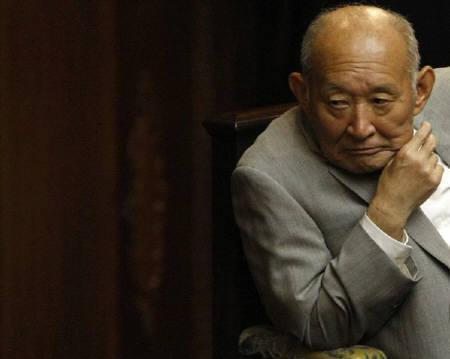 9月29日、藤井裕久財務相の発言を受けて、円相場が右往左往している。写真は18日撮影(2009年 ロイター/Toru Hanai)