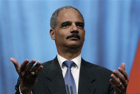 Attorney General Eric Holder speaks at the International Association of Chiefs of Police 116th annual conference in Denver October 5, 2009. REUTERS/Rick Wilking