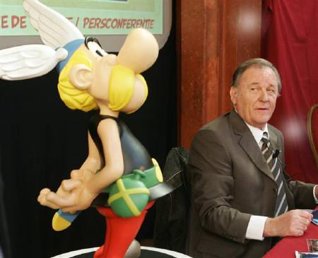Albert Uderzo, the artist of all thirty-three Asterix adventures and the story writer of the last nine books at a news conference in Brussels in this September 2005 file photo. Asterix will celebrate its 50th birthday with concerts, exhibitions, artwork, a festival that will take over central Paris. REUTERS/Yves Herman/Files