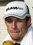 <p>Piloto Jason Button, em foto de arquivo, pode celebrar título duplo da Brawn GP em Interlagos. REUTERS/Issei Kato</p>