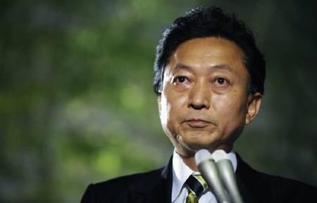 10月15日、鳩山首相は「赤字国債を極力抑えるという思いのもとでマニフェストは実行に移す」との方針をあらためて示した。9月撮影(2009年 ロイター)