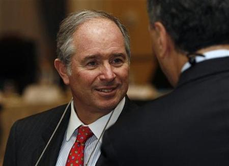 Blackstone CEO Stephen Schwarzman stands during the Yale CEO Summit in New York December 11, 2008. REUTERS/Shannon Stapleton