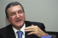 <p>África do Sul pede apoio para volta de Carlos Alberto Parreira, em foto de arquivo, ao comando da seleção. REUTERS/Masimba Sasa</p>