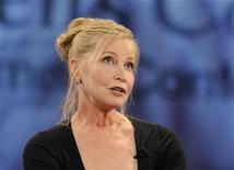 <p>Lisa Niemi, wife of the late Patrick Swayze, speaks at the Women's Conference 2009 in Long Beach, California October 27, 2009. REUTERS/Phil McCarten</p>
