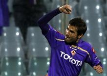 <p>Adrian Mutu comemora gol em goleada da Fiorentina sobre o Debrecen pela Liga dos Campeões. REUTERS/Alessandro Bianchi</p>