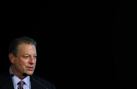 Former U.S. Vice President Al Gore speaks about global warming during a conference in Buenos Aires, October 14, 2009. REUTERS/Marcos Brindicci