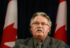 <p>Canada's Chief Public Health Officer David Butler-Jones speaks during a news conference about swine flu outbreak in Ottawa April 27, 2009. REUTERS/Blair Gable</p>