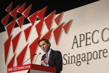 HSBC Chairman Stephen Green speaks during the APEC CEO Summit in Singapore November 13, 2009. REUTERS/Michael Fiala