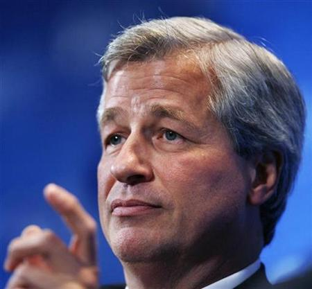 Jamie Dimon, chairman and CEO of JPMorgan Chase, speaks at the Securities Industry and Financial Marketers Association annual meeting in New York, October 27, 2009. REUTERS/Shannon Stapleton