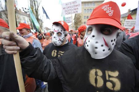Union protestors demonstrate for higher salaries in Ljubljana's main square November 28, 2009. REUTERS/Srdjan Zivulovic