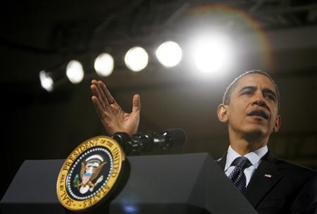 President Barack Obama delivers remarks at Lehigh Carbon Community College in Allentown, Pennsylvania, December 4, 2009. REUTERS/Jim Young