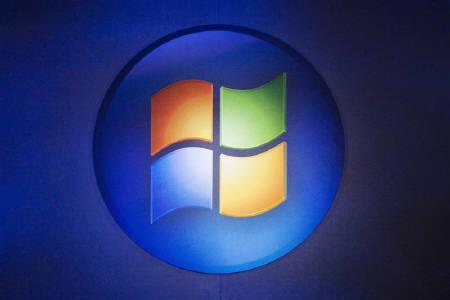 A Windows logo is seen in Toronto in this October 21, 2009 file photo.   REUTERS/Mark Blinch/Files