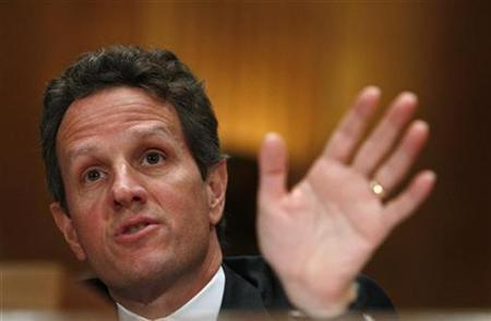 U.S. Treasury Secretary Timothy Geithner testifies at a hearing before a Congressional Oversight Panel overseeing the expenditure of the Troubled Asset Relief Program (TARP) on Capitol Hill in Washington, December 10, 2009. REUTERS/Jim Young