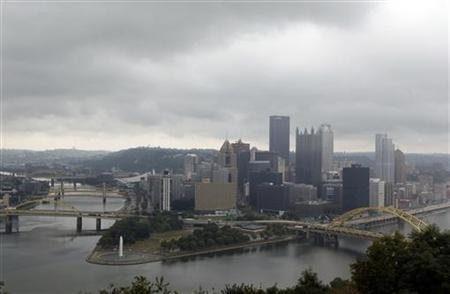 The Pittsburgh skyline is seen from Mount Washington, September 22, 2009. REUTERS/Jim Young