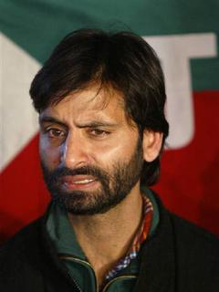 Yasin Malik, chief of Jammu and Kashmir Liberation Front (JKLF), speaks during a news conference at his party headquarter in Srinagar in this February 15, 2006 file photo. REUTERS/Fayaz Kabli/Files