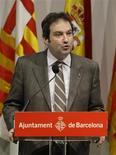 <p>O prefeito Jordi Hereu apresenta a candidatura de Barcelona para sediar as Olimpíadas e Paraolimpíadas de Inverno de 2022 nos Pirineus duarnte coletiva de imprensa em Barcelona no dia 13 de janeiro. REUTERS/Albert Gea</p>