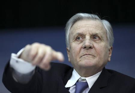 1月14日、欧州中央銀行(ECB)は14日、主要政策金利を過去最低の1.00%に据え置くと発表。トリシェ総裁はギリシャのユーロ圏離脱の憶測を一蹴した(2010年 ロイター/Ralph Orlowski)