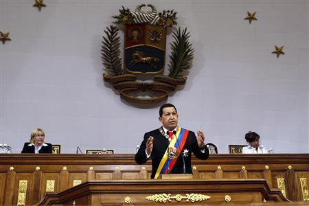Venezuelan President Hugo Chavez addresses lawmakers during his annual report to the National Assembly in Caracas January 15, 2010. REUTERS/Miraflores Palace/Handout