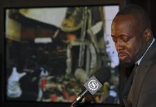 <p>18 gennaio 2010. Wyclef Jean, cantante nato ad Haiti, racconta in una conferenza stampa le condizioni in cui versa la sua patria. Wyclef prenderà parte alla maratona prodotta da Mtv. REUTERS/Ray Stubblebine</p>
