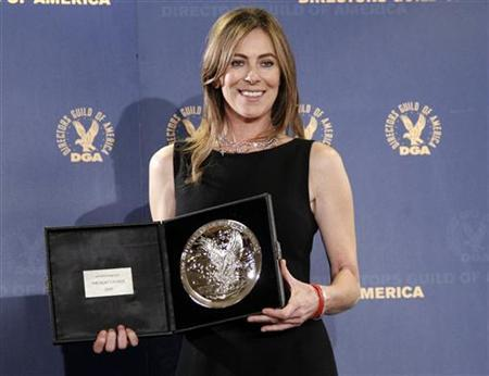 Director Kathryn Bigelow holds her plaque for her film ''The Hurt Locker'' being a nominee in the 2009 DGA Feature Film Award category at the 62nd Annual Directors Guild of America Awards in Los Angeles January 30, 2010. REUTERS/Danny Moloshok