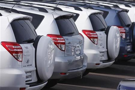 Toyota Rav-4 SUVs sit parked at a Toyota dealership in Phoenix, February 1, 2010. REUTERS/Joshua Lott
