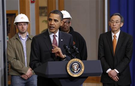 President Obama speaks during a visit to a training center at the International Brotherhood of Electrical Workers (IBEW) Local 26 Headquarters in Lanham, Maryland, February 16, 2010. REUTERS/Kevin Lamarque
