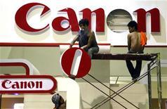 <p>Le japonais Canon a acquis ou reçu plus de 71% des titres Oce dans le cadre d'une offre de rachat arrivée à échéance lundi, soit en dessous de son objectif d'au moins 85%. /Photo d'archives/REUTERS/Beawiharta</p>
