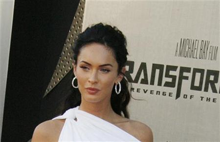 Actress Megan Fox, star of ''Transformers: Revenge of the Fallen'' poses at the film's premiere in Los Angeles, California June 22, 2009. REUTERS/Fred Prouser