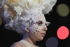 <p>Lady Gaga in una foto d'archivio. REUTERS/Suzanne Plunkett (BRITAIN - Tags: ENTERTAINMENT)</p>
