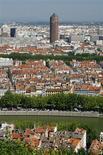 <p>Seloger.com, leader français des annonces immobilières sur internet, compte renouer en 2010 avec une croissance à deux chiffres de son activité et de sa profitabilité dans un contexte de marché plus favorable pour l'immobilier ancien, après une année 2009 difficile. /Photo d'archives/REUTERS/Robert Pratta</p>