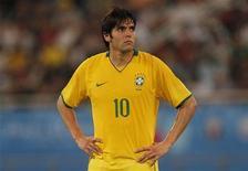 <p>Meia Kaká, durante o amistoso contra a Inglaterra, em novembro. REUTERS/ Eddie Keogh</p>