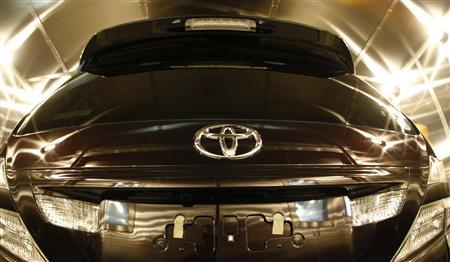 A Toyota Motor Corp car is seen inside the environment testing chamber during a quality control demonstration at its headquarters in Toyota, central Japan, March 30, 2010. REUTERS/Kim Kyung-Hoon