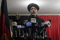 <p>Afghan President Hamid Karzai speaks during a shura, or meeting, in Kandahar city April 4, 2010. REUTERS/Golnar Motevalli</p>