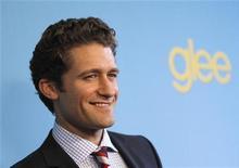 """<p>Ator Matthew Morrison em lançamento da segunda temporada da série de TV """"Glee"""" em Los Angeles. A comédia musical colegial quase dobrou sua audiência em seu retorno à televisão após uma ausência de quatro meses, atraindo 13,7 milhões de espectadores nos EUA, anunciou a rede Fox na quarta-feira. 12/04/2010 REUTERS/Mario Anzuoni</p>"""